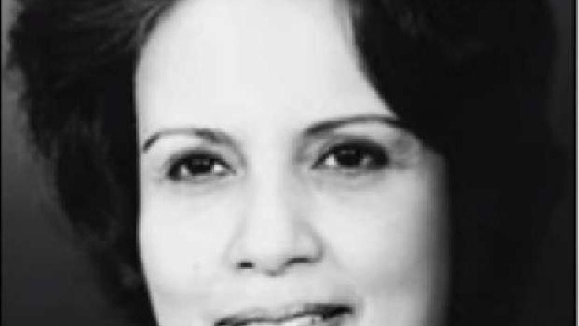 سامية صادق