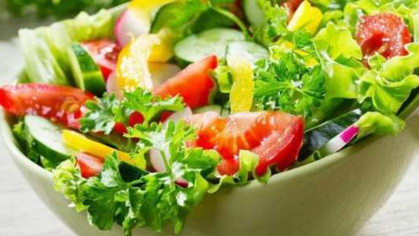 أسعار مكونات طبق سلطة الخضروات