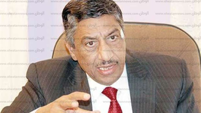 الدكتور السيد عبد الستار المليجي نقيب العلميين
