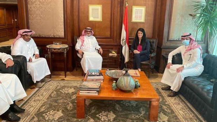 وزيرة التعاون الدولي و أعضاء لجنة إدارة منحة المملكة العربية السعودية