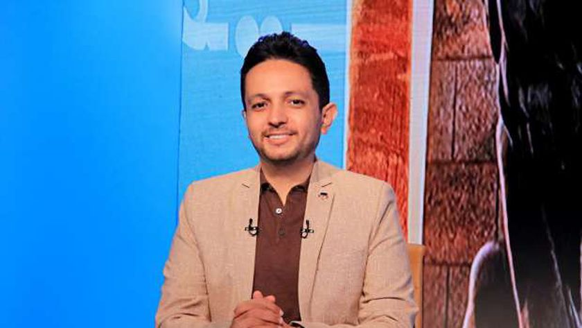 الإعلامي أحمد فايق