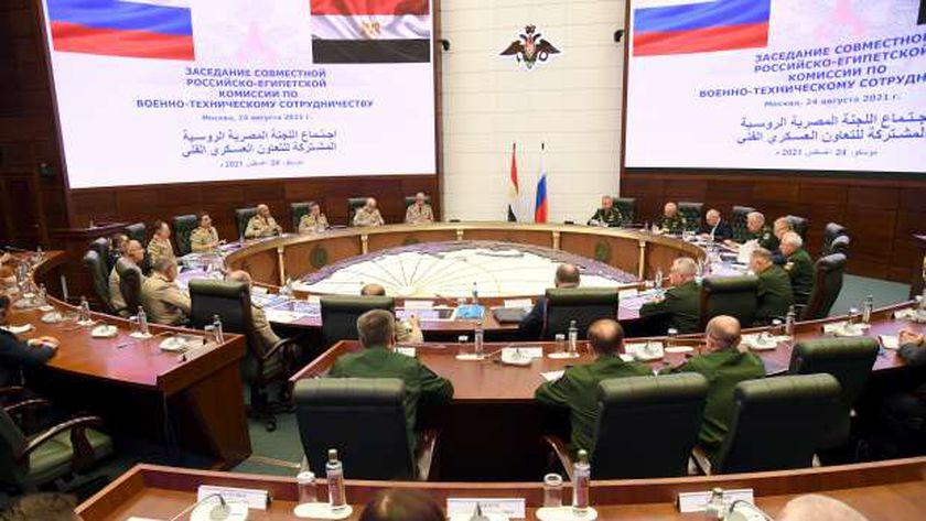 وزير الدفاع يعود إلى أرض الوطن بعد زيارته الرسمية إلى روسيا