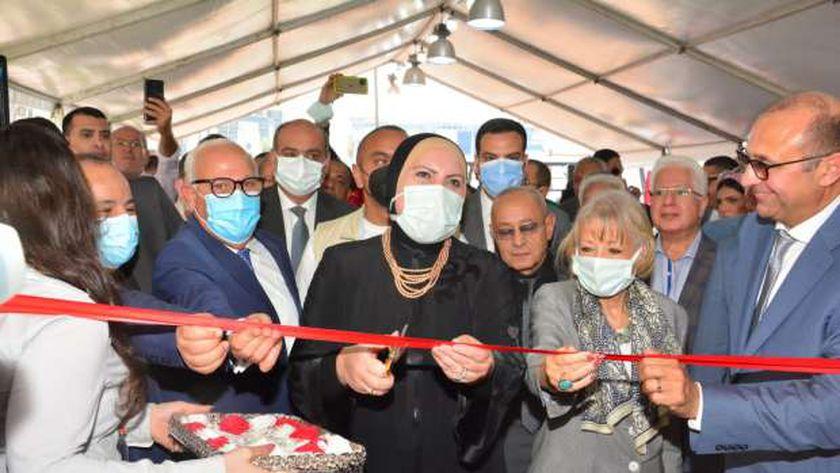 نيفين جامع: الحكومة تسعى لتحويل بورسعيد من محافظة تجارية إلى محور تنموي