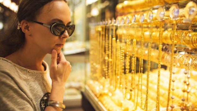 عاجل..الذهب يرتفع 6 جنيهات خلال منتصف التعاملات