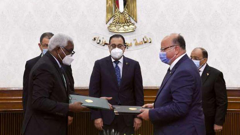 مدبولي يشهد توقيع اتفاقية إنشاء مقر المكتب الإقليمي لـ«المدن والحكومات الأفريقية»