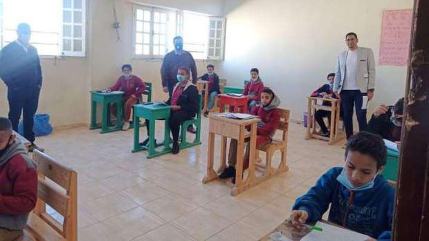 امتحانات الشهادة الاعدادية بالبحر الأحمر
