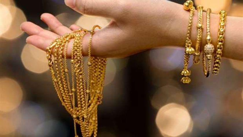 صورة خبراء ينصحون المواطنين بعد انخفاض أسعار الذهب: كل اللي معاه فلوس يشتري – أي خدمة