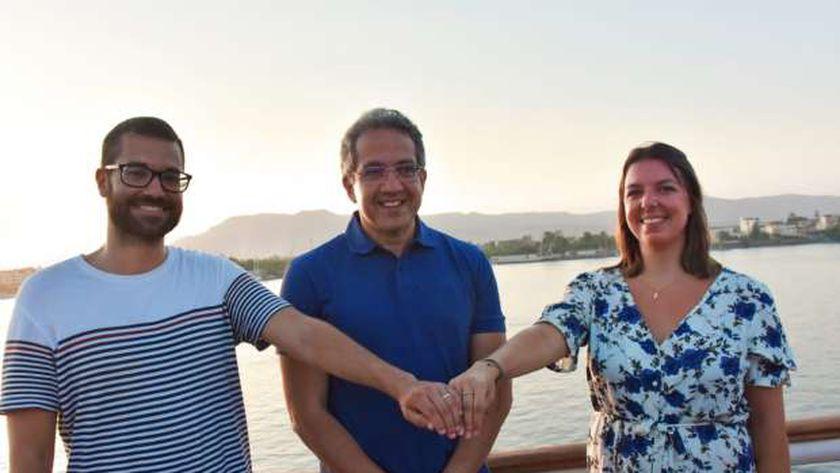 «متحف الحضارة».. هدية وزير السياحة لزوجين إسبانيين قدما للأقصر لعقد قرانهما