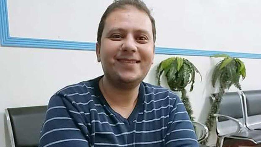 الدكتور نادر الشرنوبى