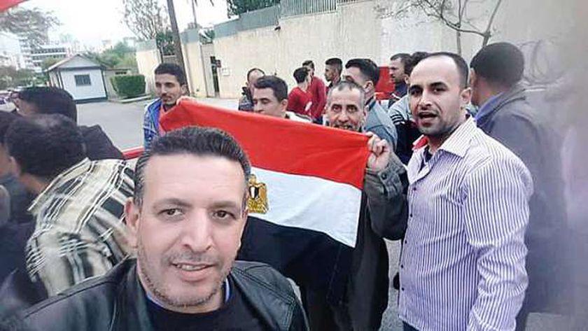 المصريون يدلون بأصواتهم في اليوم الثالث والأخير من الاستفتاء للمصريين بالخارج