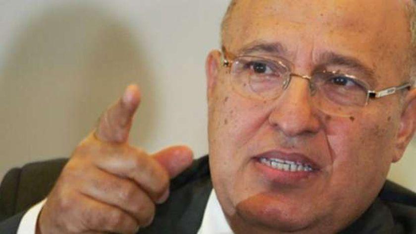 دكتور نبيل شعث مستشار الرئيس الفلسطيني للشؤون الخارجية