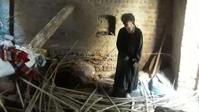 صورة من انهيار المنزل