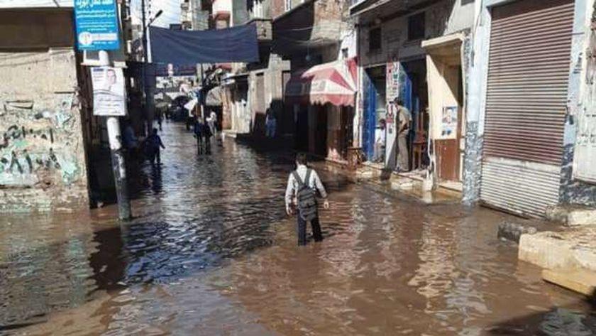 غرق شوارع رشيد بمياه الأمطار