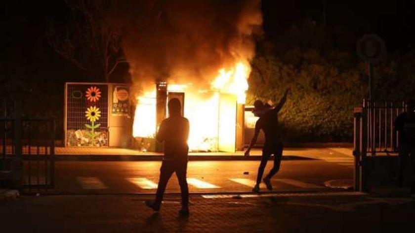 اشتعال النيران في مدينة إسرائيلية