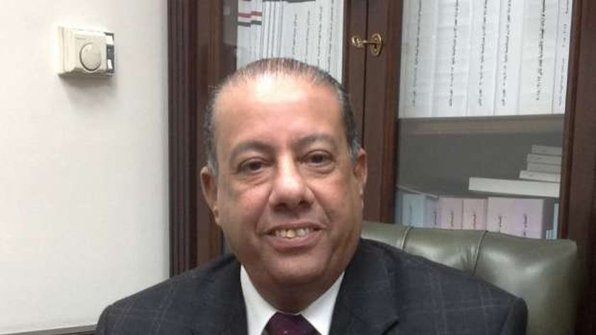عبدالعظيم حسين