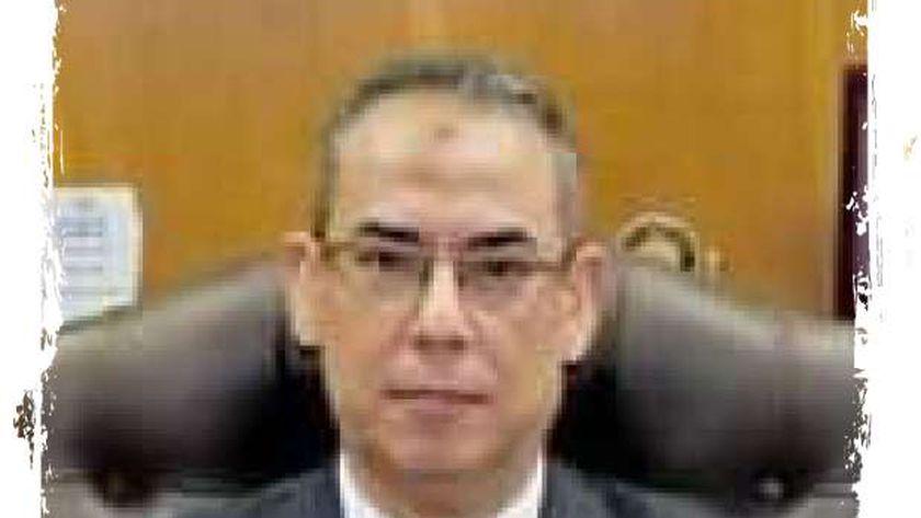 ياسر محمود وكيل وزارة التعليم بالقليوبية