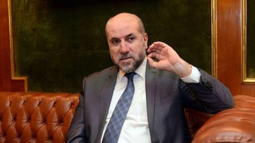 الدكتور محمود الهباش.. مستشار الرئيس الفلسطيني