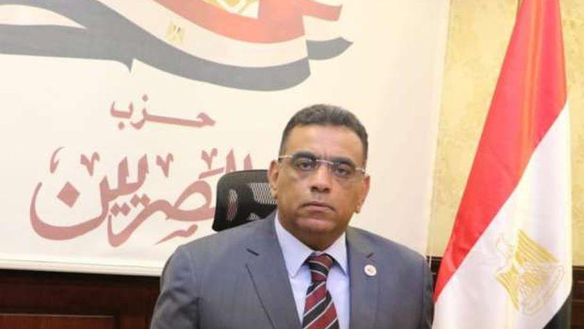 """اللواء حسام بدر الدين مساعد رئيس حزب """"المصريين"""""""