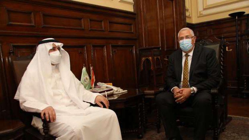 «القصير» يستقبل وفدا سعوديا.. ويؤكد استمرار حركة الصادرات المصرية للمملكة