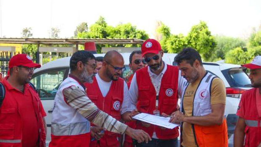 بتوجيهات رئاسية.. الهلال الأحمر يسلم 160 طن مساعدات للأشقاء في فلسطين