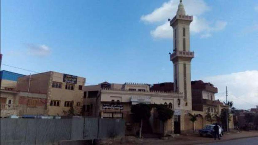 مسجد شيخ القراء مقصدا لأهالي مسقط رأسه بالغربية في رمضان