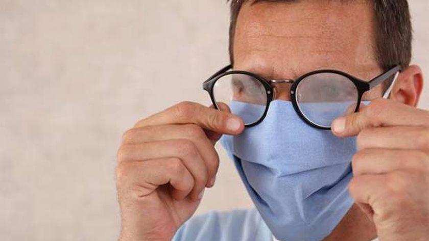 دراسة تثبت أن ارتداء النظارات يحمي من الإصابة بكورونا