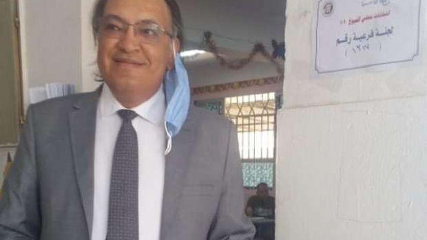 د.حافظ أبو سعدة