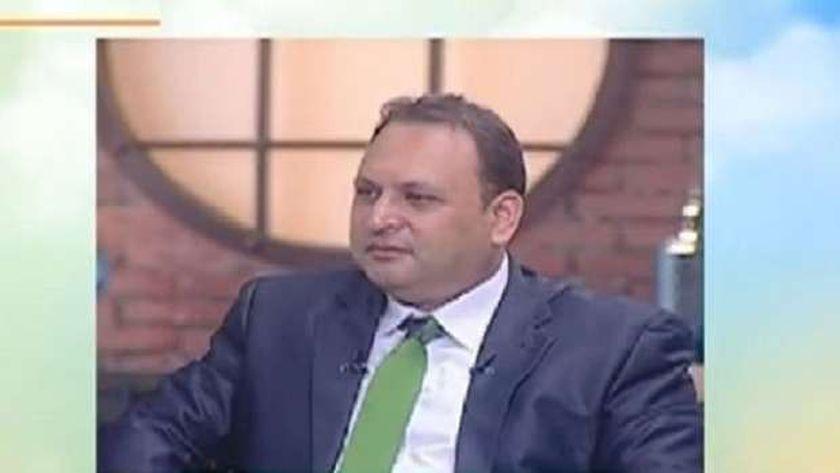 الدكتور عمرو صالح