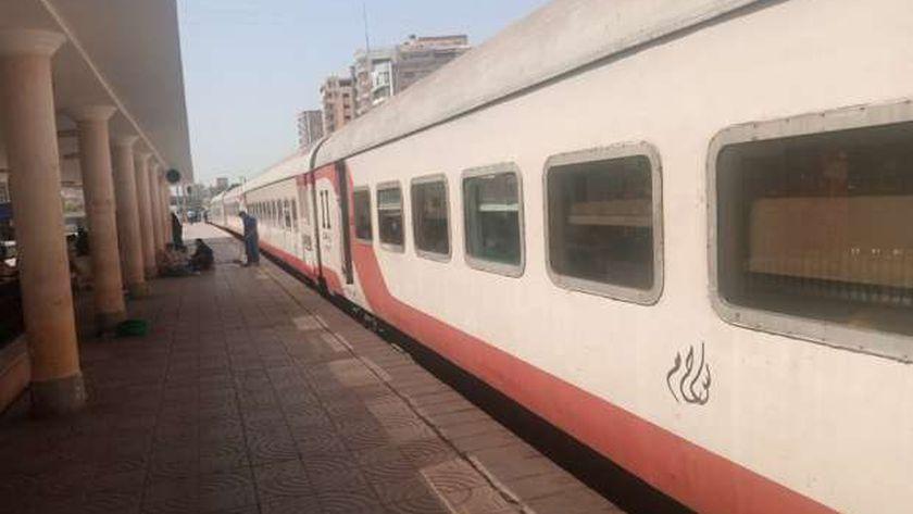 قطار سياحى