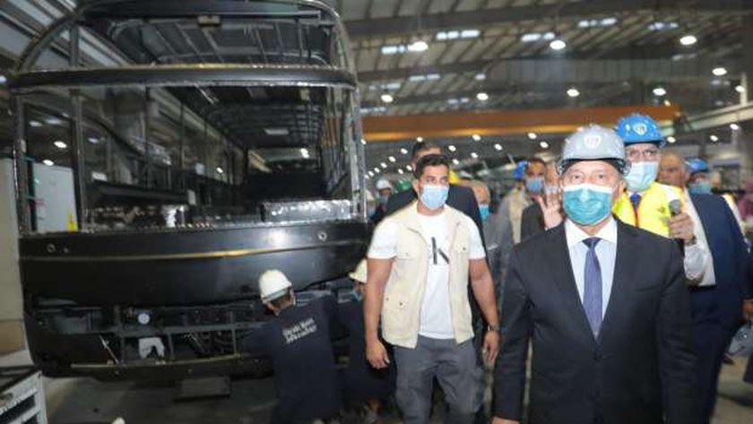 """الوزير: مهتمون بتوطين صناعة النقل بمصر و""""نقل جماعي"""" على أعلى مستوى"""