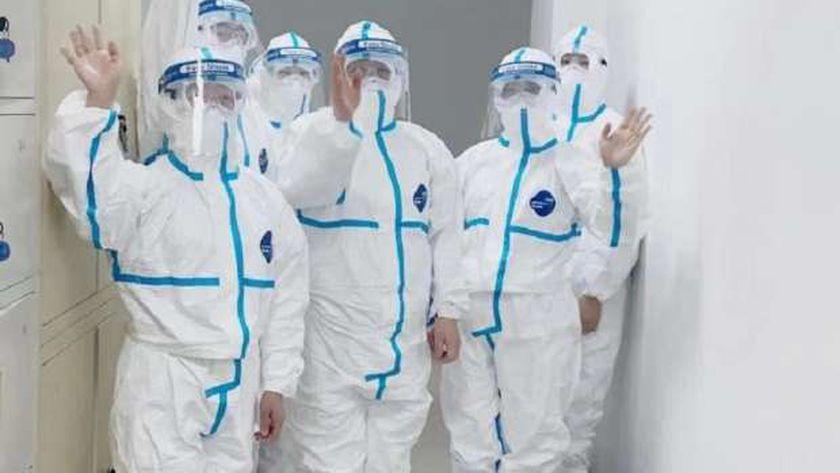 أطباء فيروس كورونا