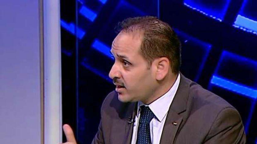 الدكتور أسامة شعث