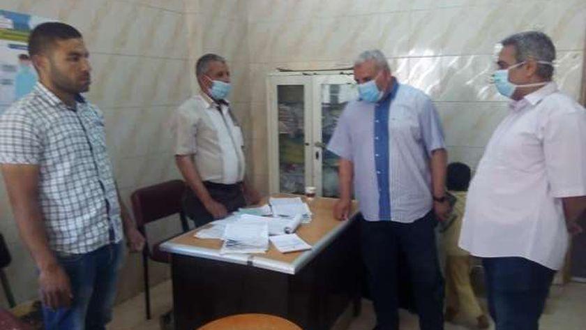 احالة ١٧ من الاطباء والتمريض بمستشفي البلينا للتحقيق لتغيبهم