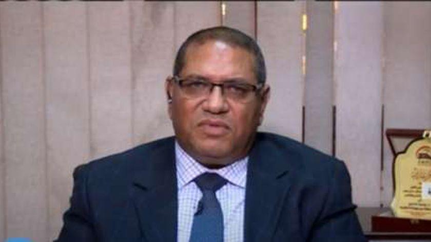 الدكتور محمد حسين نائب رئيس السكة الحديد لقطاع الموارد البشرية