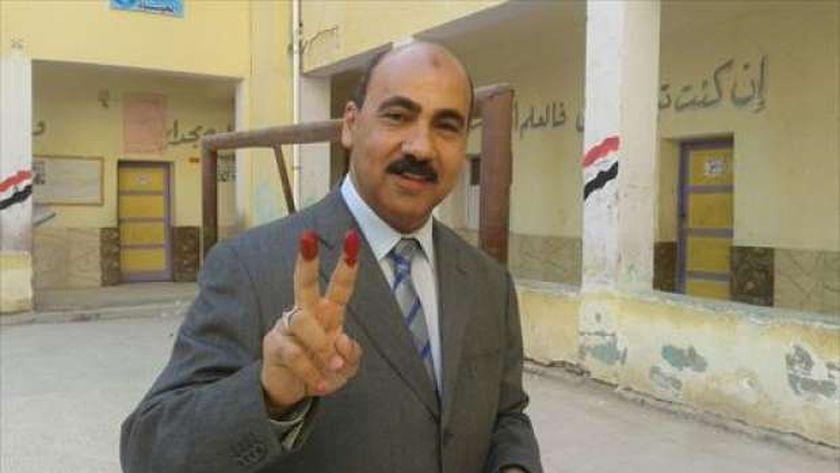 خالد حمزة - رئيس جامعة الفيوم