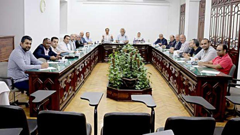 اجتماع سابق لمجلس نقابة الأطباء