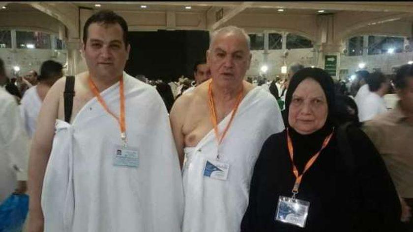 الدكتور محمد كمال رزق ووالديه