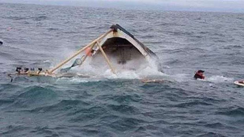 مركب الإسكندرية الغارقة في بحيرة «الهوارية»