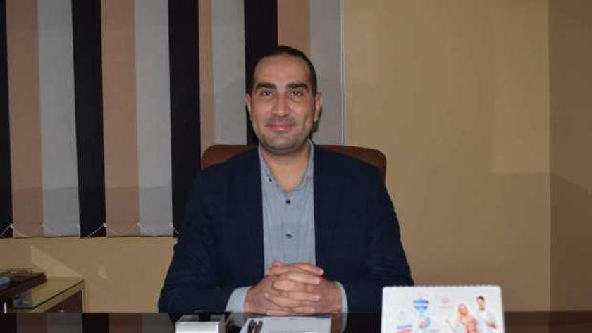 د. إبراهيم رمضان أخصائي التوليد وأمراض النساء