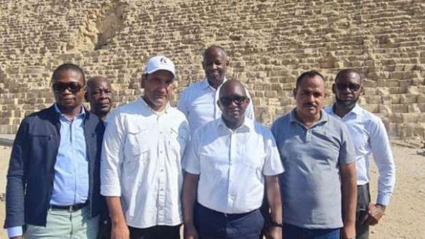 رئيس وزراء الكونغو يزور الأهرامات