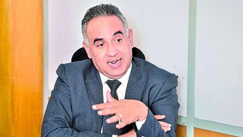 الدكتور خالد عبد الفتاح  مدير مبادرة حياة كريمة