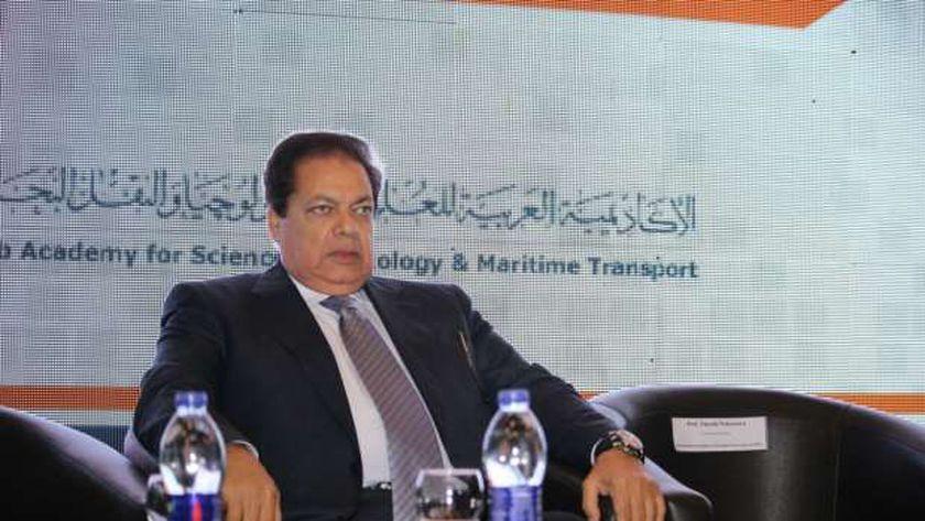 محمد محمد أبو العنين
