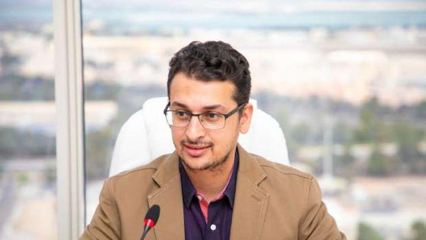 الدكتور إيهاب خليفة