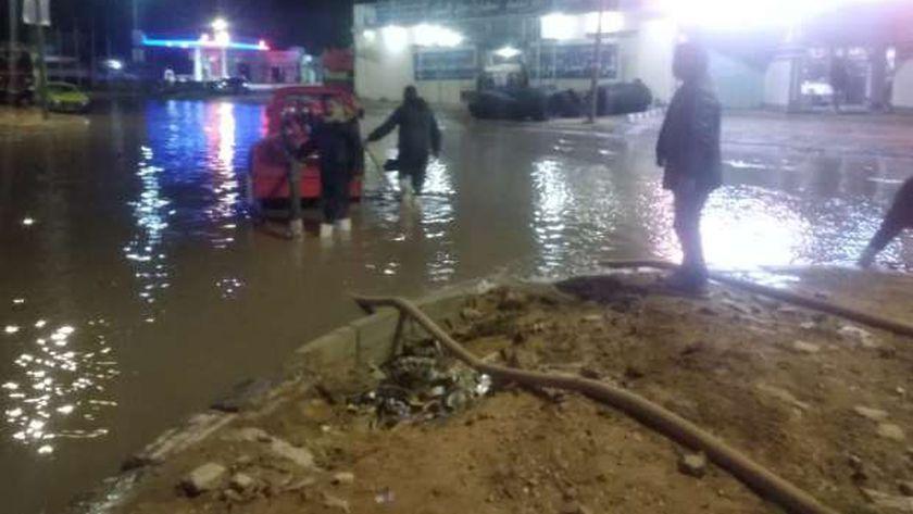صورة أمطار غزيرة ورياح شديدة على سواحل دمياط – المحافظات