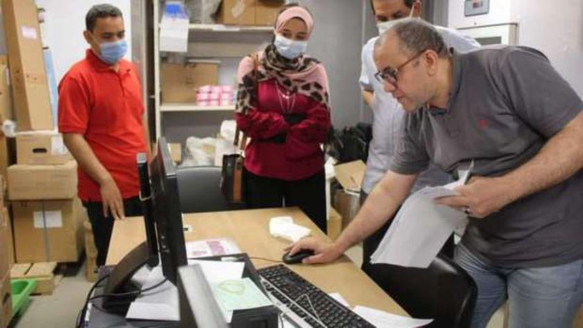 زيارة قيادات جامعة الاقصر لمستشفي شفاء الاورمان