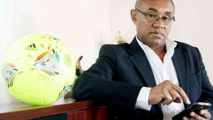أحمد أحمد .. رئيس الاتحاد الأفريقي المعزول