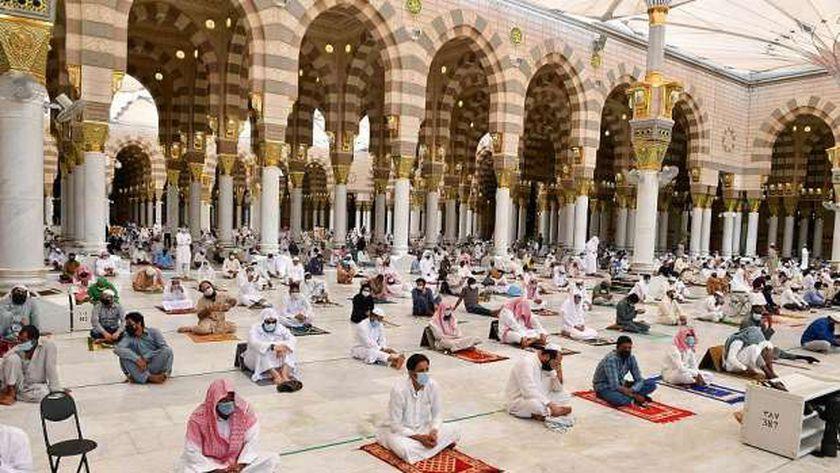 المسجد النبوي أو مبنى أسسه النبي بعد الهجرة الى المدينة