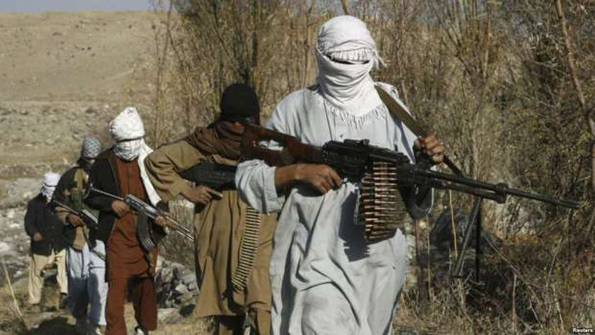 إصابة 4 جنود أفغان في هجوم صاروخي على مروحية عسكرية - العرب والعالم -