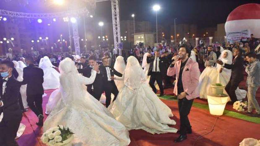 جانب من حفل الزفاف الجماعى