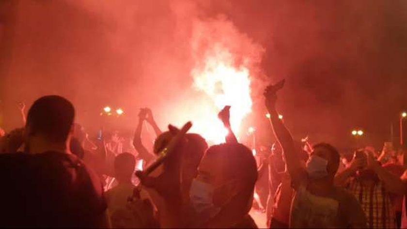 محتجون يقتحمون مقر الإخوان في ولاية باجا